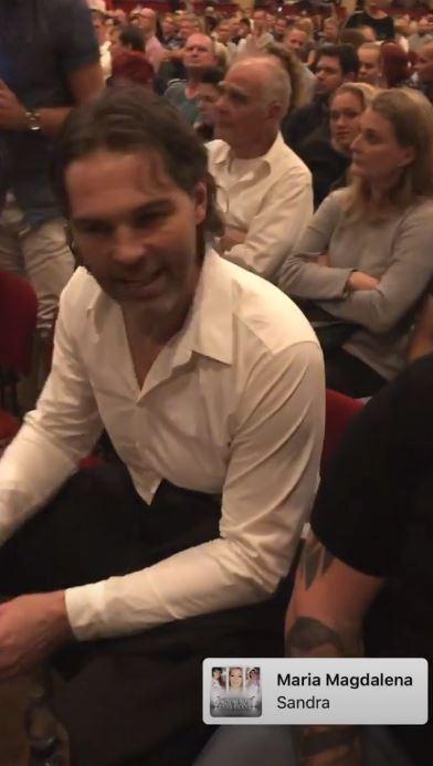 Jaromír Jágr se na koncertě Sandry náramně bavil