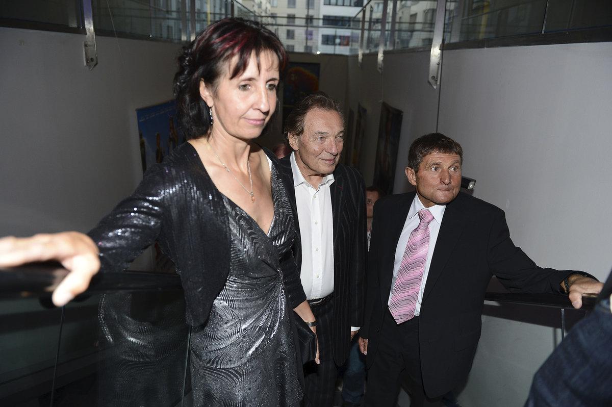 Manželé Váňovi s Mistrem Karlem Gottem