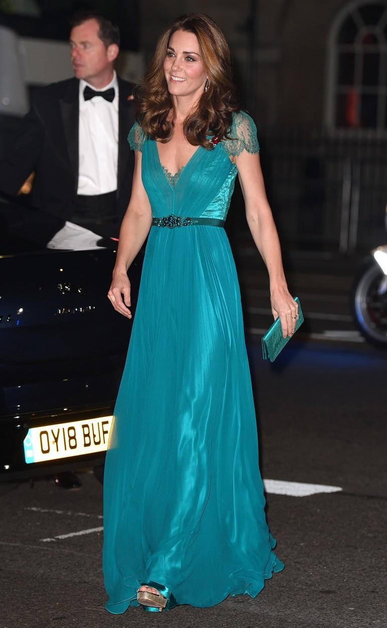 Vévodkyně Kate na Tusk Awards v šatech Jenny Packham (listopad 2018)