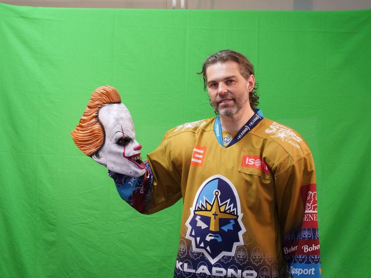 Hokejisté Kladna nastoupí proti Třinci poprvé ve zlatých dresech. Zápas se navíc ponese v duchu Haloweenu