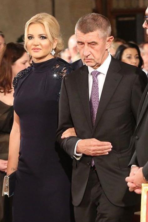Premiér Andrej Babiš s manželkou Moninou na Pražském hradě.