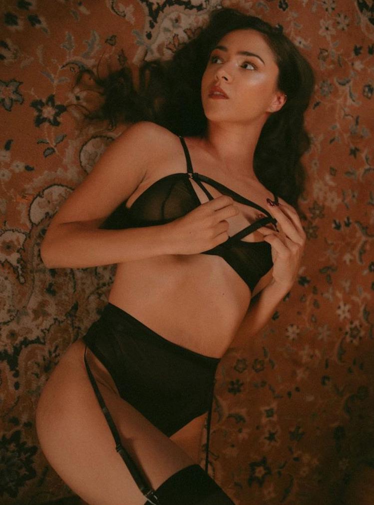 Eva Burešová v sexy prádle