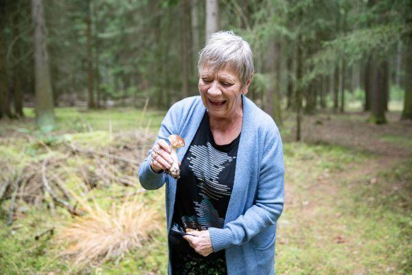 Herečka se radovala z každé houby.