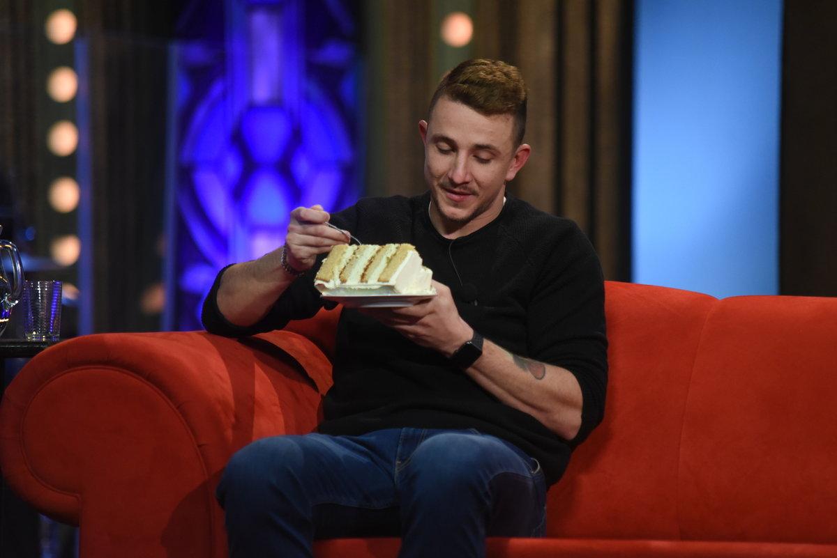 Jakub Štáfek s v Show Jana Krause pochutnal i na dortu