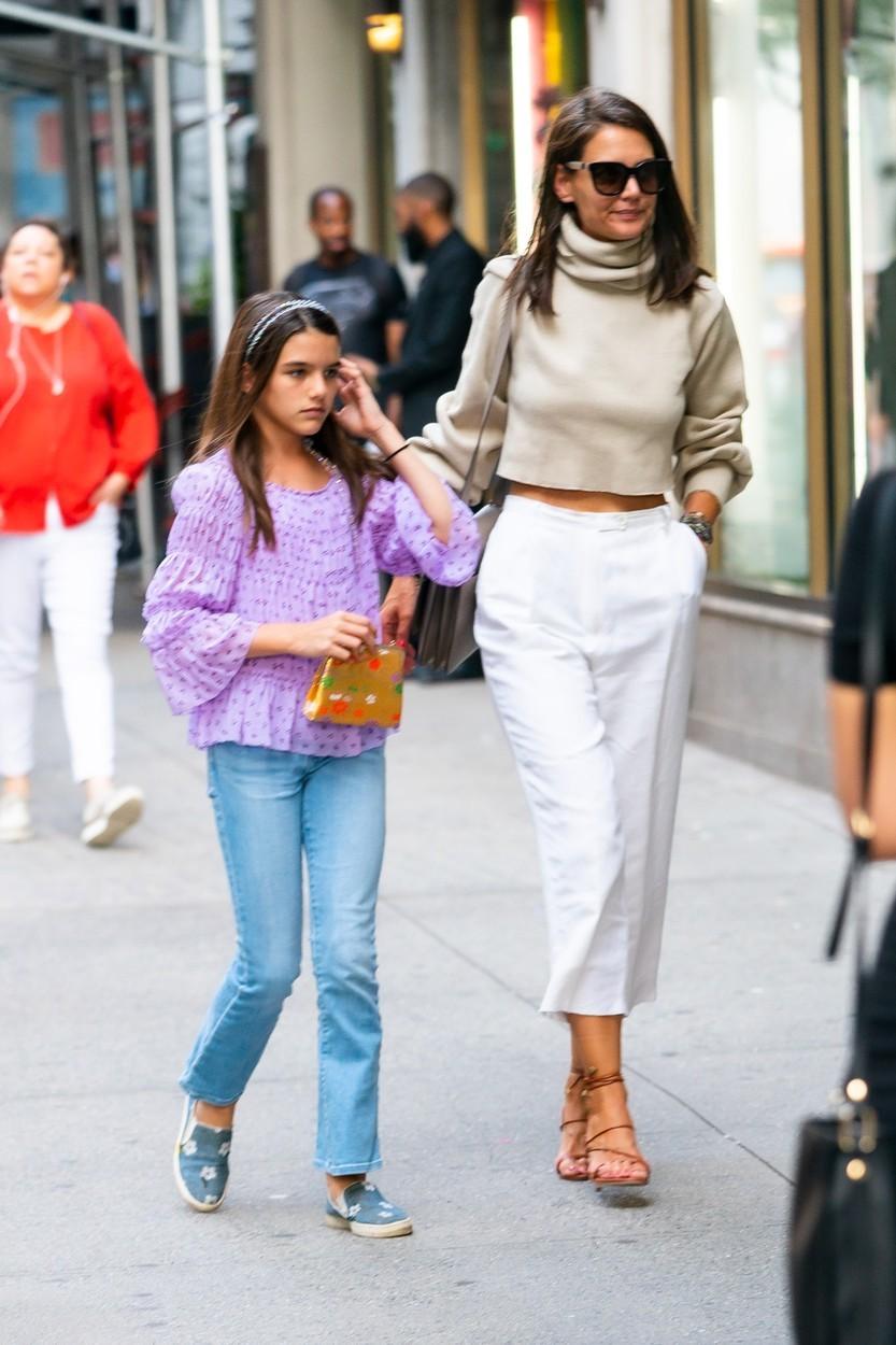 Katie s dcerou Suri