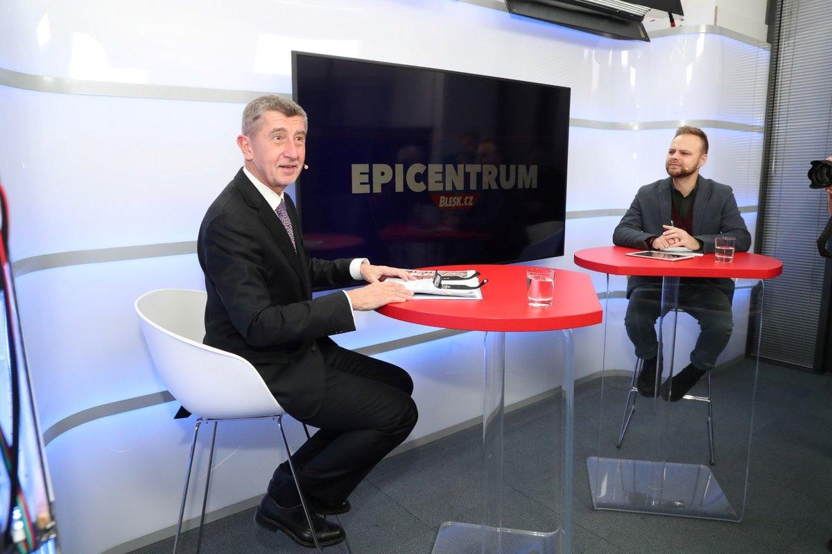 Andrej Babiš ve studiu Blesku při natáčení pořadu Epicentrum Speciál. (5. 12. 2019)