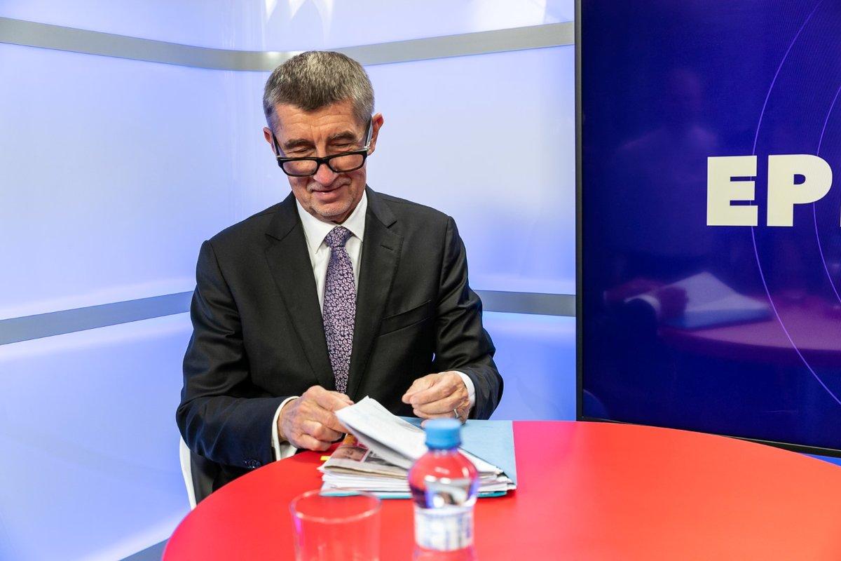 Premiér Andrej Babiš ve studiu Blesku při natáčení pořadu Epicentrum Speciál. (5. 12. 2019)