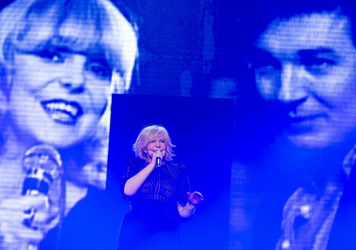 Hana Zagorová na koncertě v Lucerně zavzpomínala na Karla Gotta.
