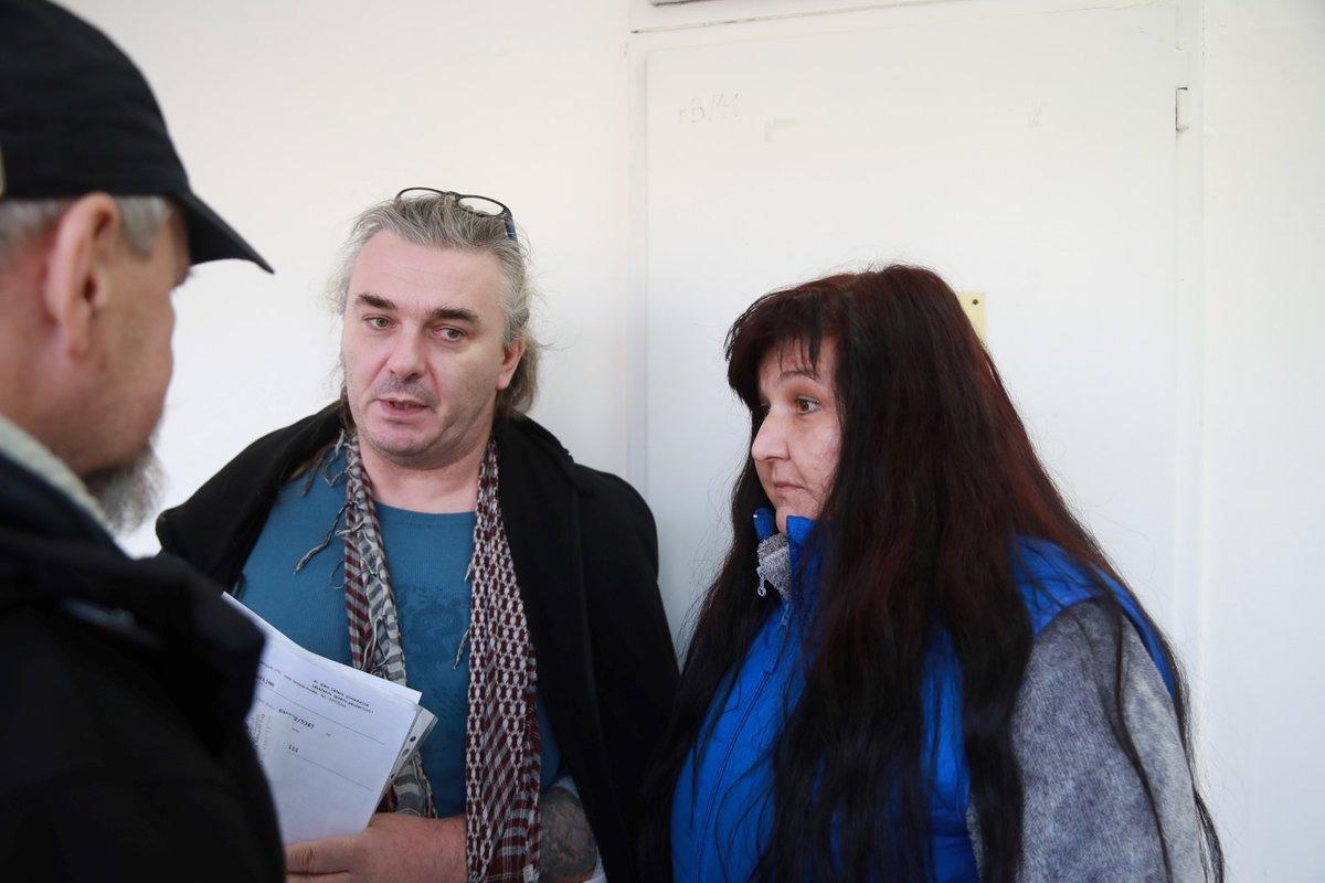 Lubomír Ungramn (50) s přítekyní přijeli na ošetření do FN Ostrava dva dny po střelbě.