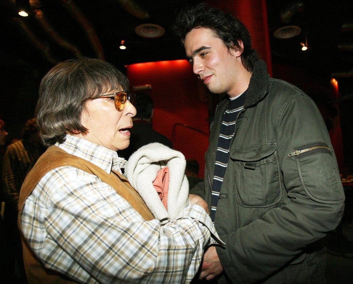 Zpěvačka Hana Hegerová s vnukem Matoušem