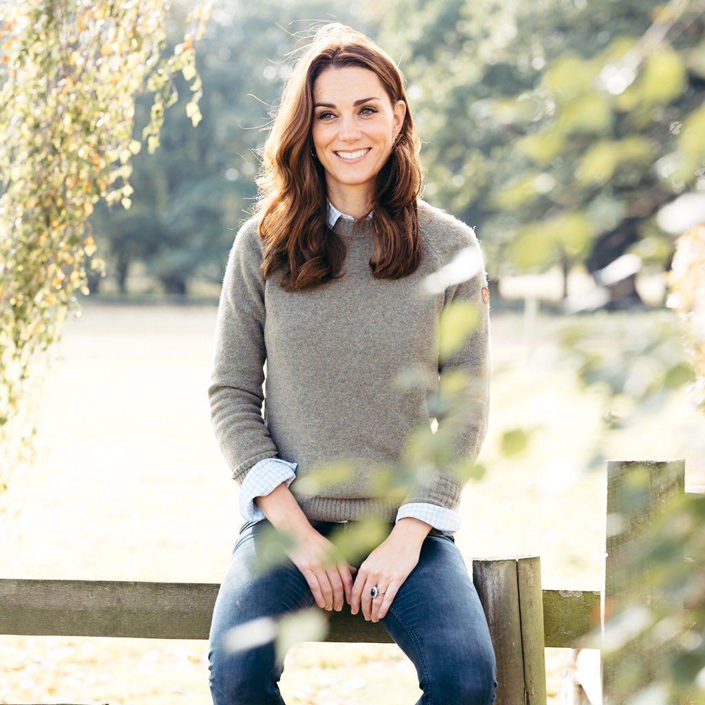 Vévodkyně Kate na narozeninové fotce