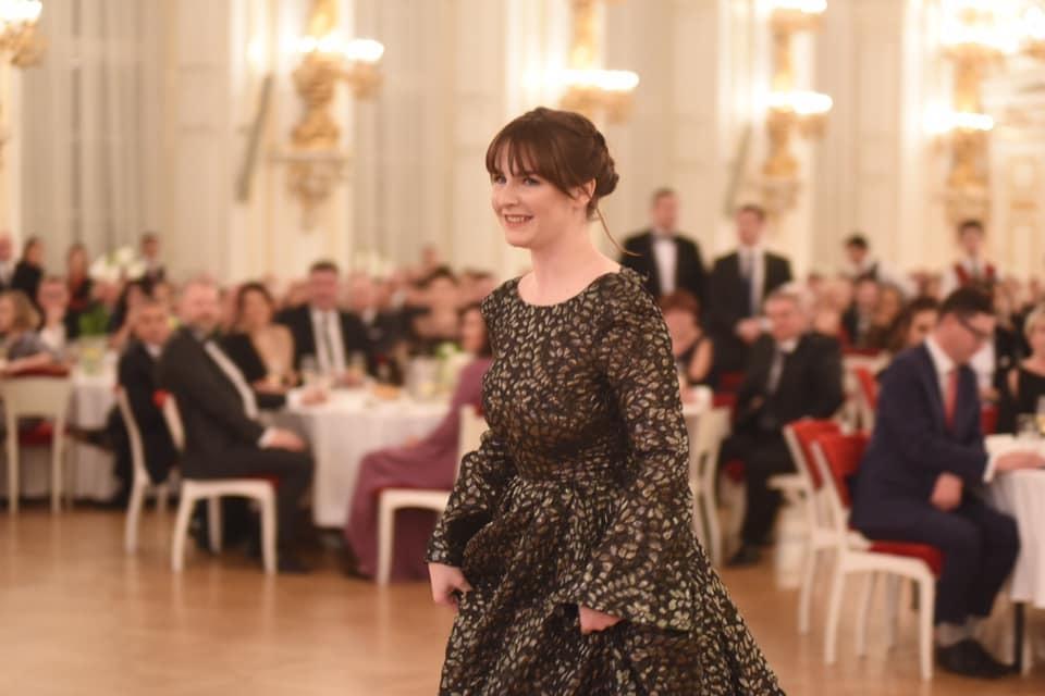 Dcera prezidenta Miloše Zemana Kateřina na hradním plese (10.1.2020)