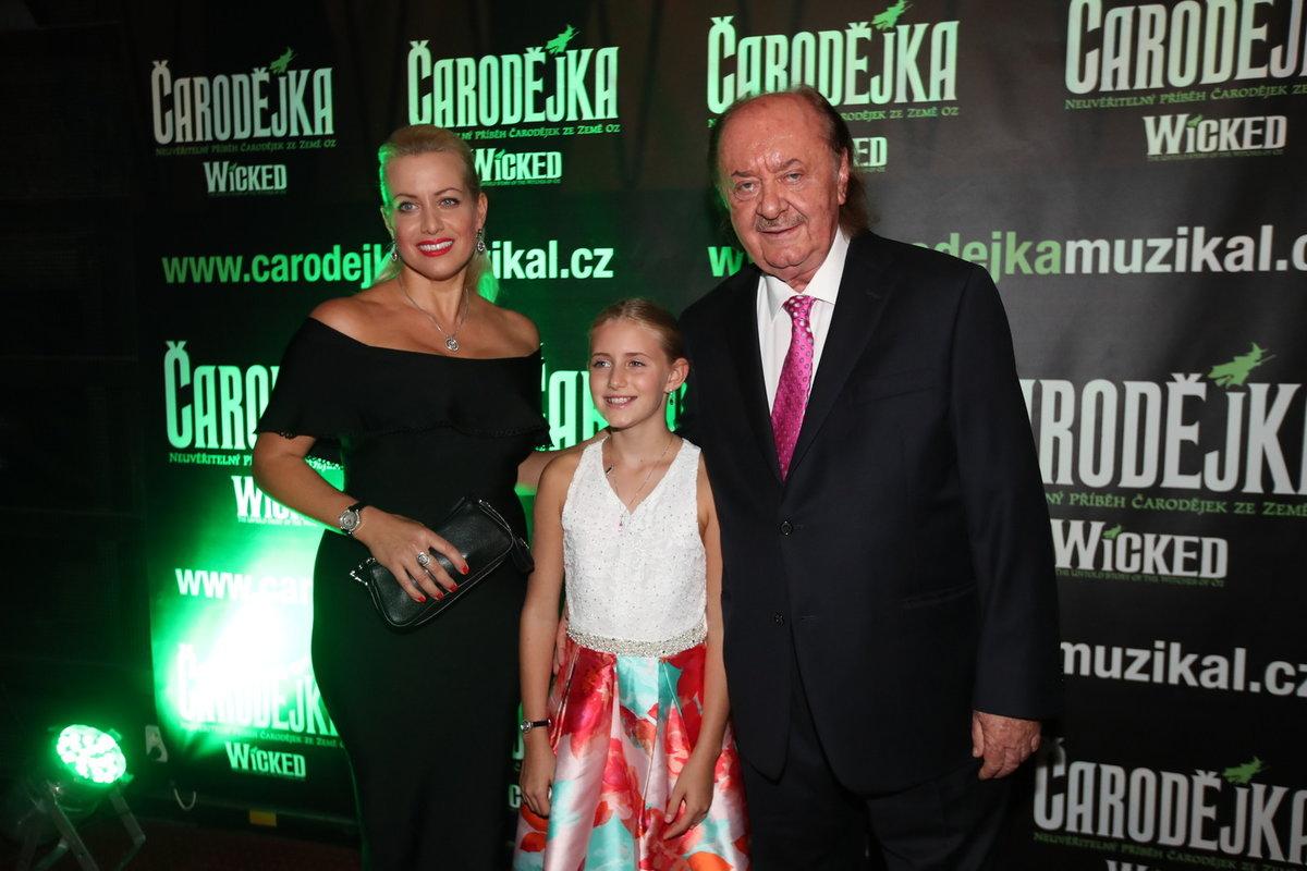 Tereza s Františkem a dcerkou