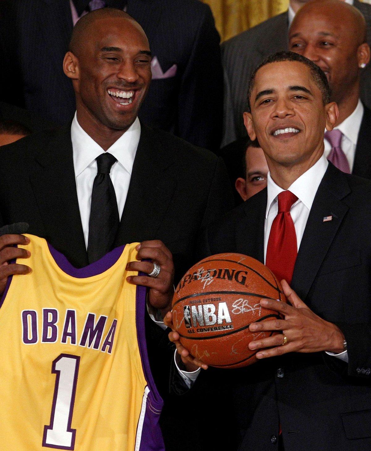 Kobe Bryant v Bílém domě s americkým prezidentem Barackem Obamou