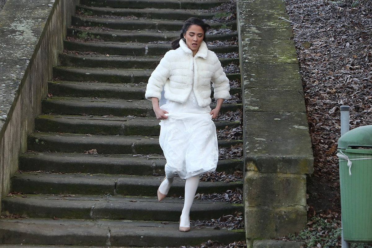 Slunečná: Eva Burešová utíká ze svatby
