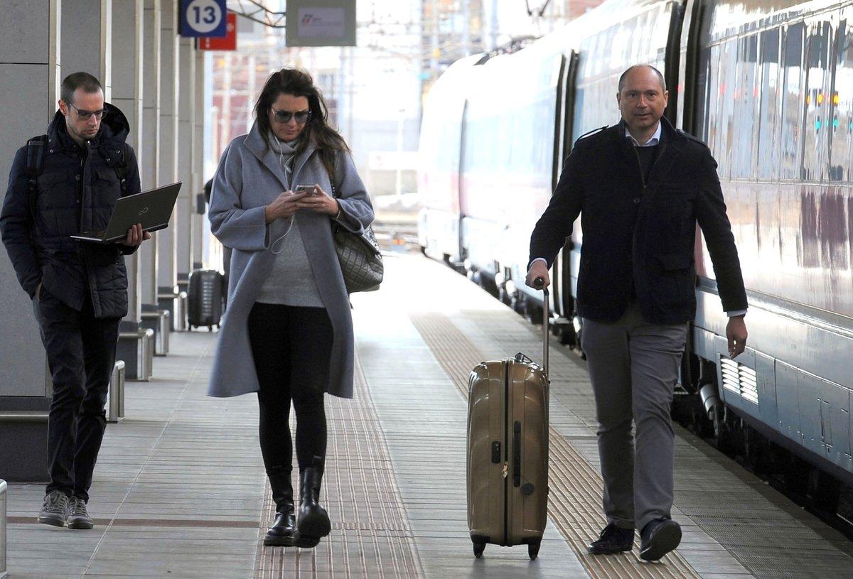 Do Říma cestovala vlakem.