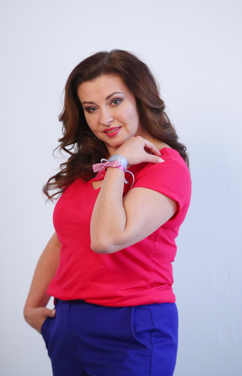 Dana fotila v rámci kampaně.