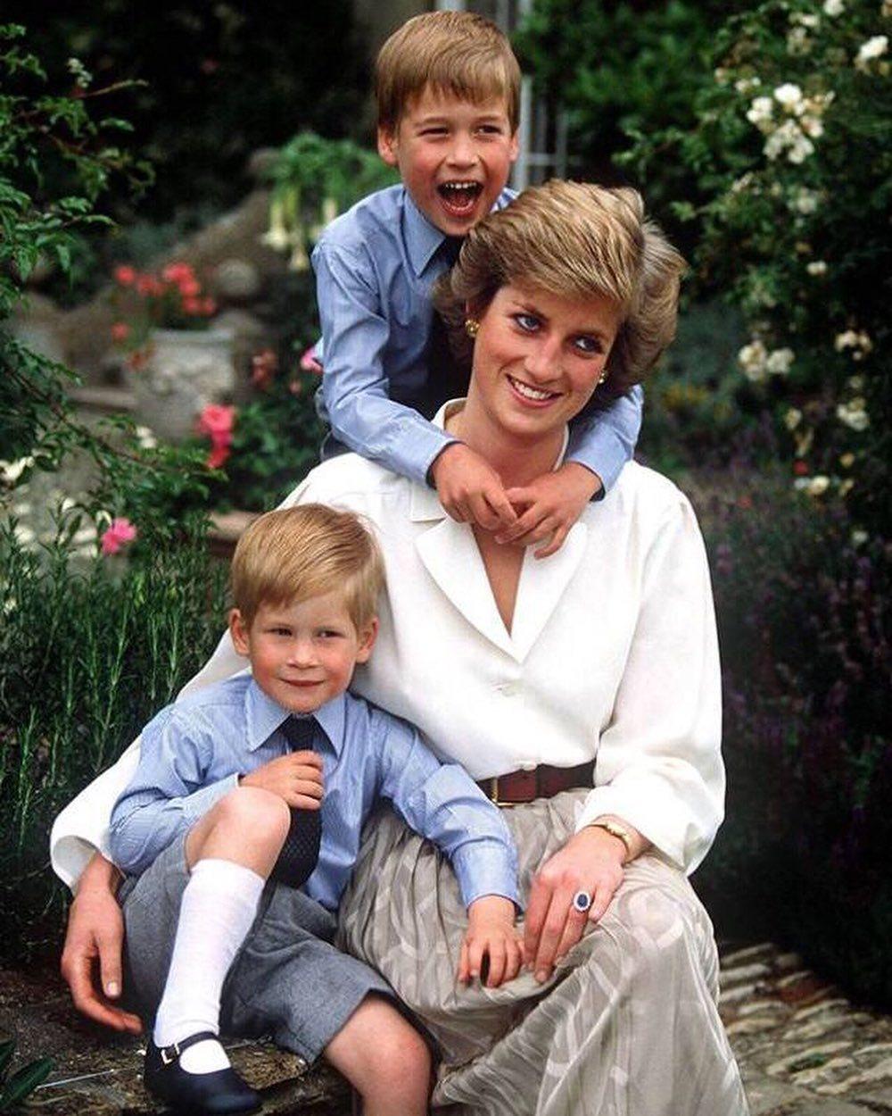 Princ Harry zavzpomínal na svou maminku, princeznu Dianu...
