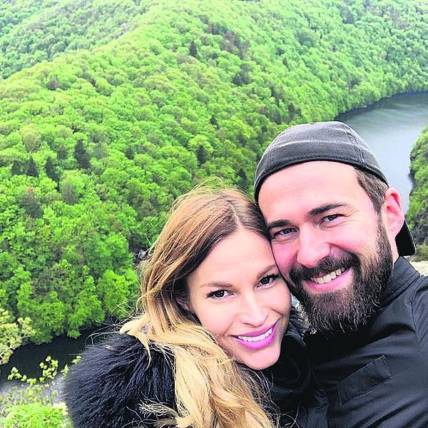 S Ondřejem Křivkou se vzali krátce před porodem syna.