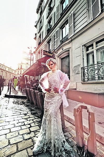 Jako nevěsta vypadá nádherně.