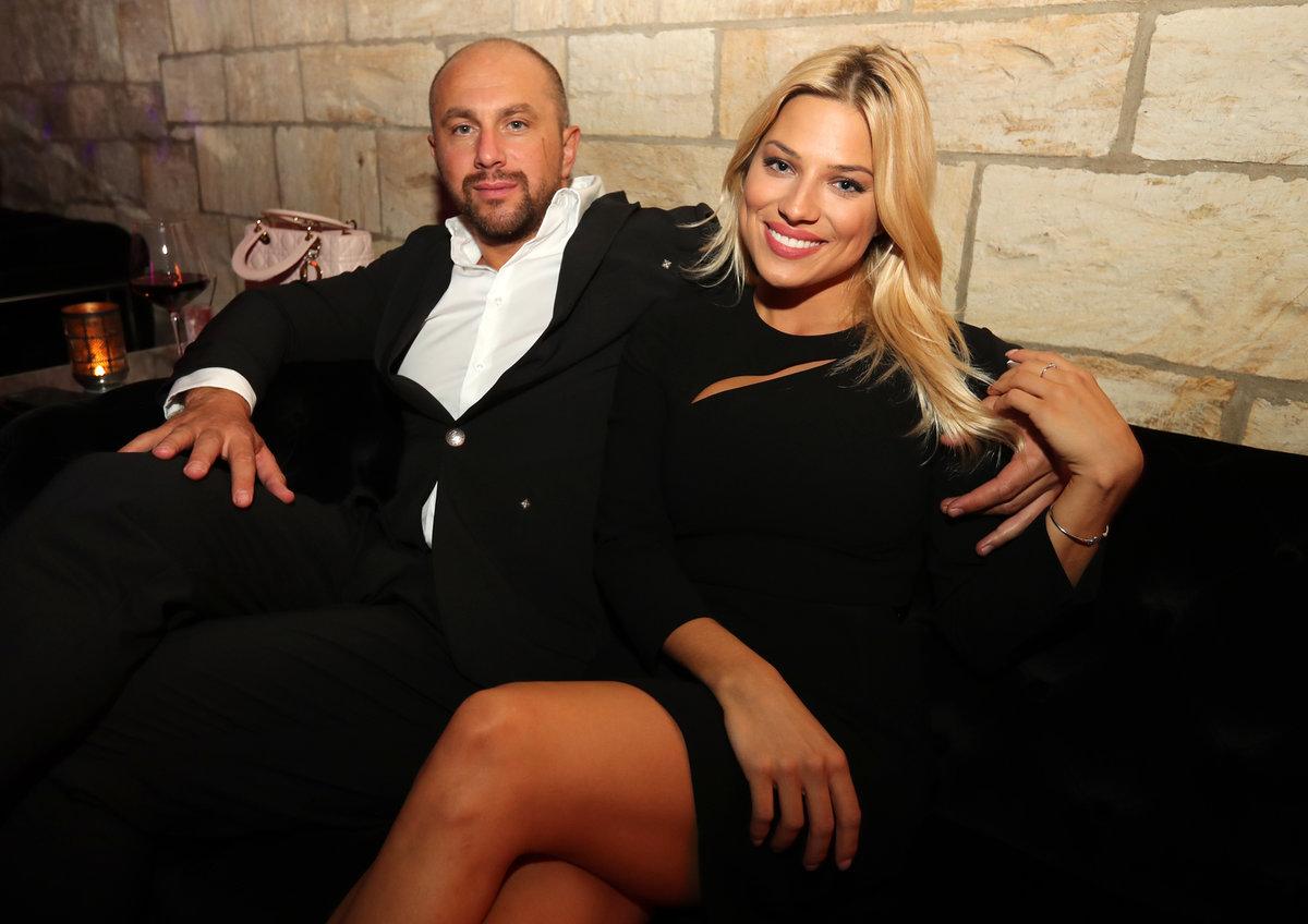 Eva Perkausová s přítelem