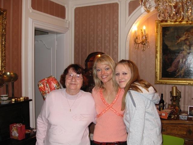 Dominika Gottová s maminkou a sestrou Lucií