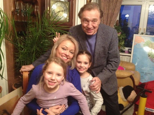 Dominika Gottová s tátou a sestrami