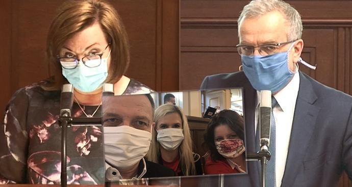 Jednání Sněmovny o koronaviru: Alena Schillerová (za ANO), Miroslav Kalousek (TOP 09) a selfie Zaorálka, Valachové a Maláčové z ČSSD