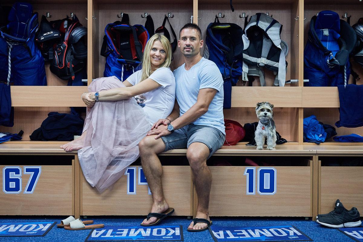 2019. Kde jinde než v kabině milované Komety pózovala Šafářová s přítelem Tomášem Plekancem.