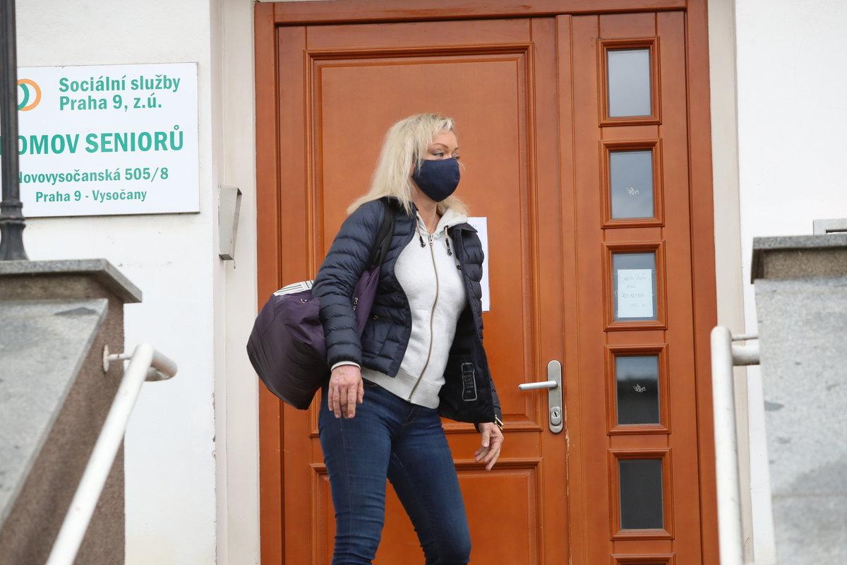 Dominika Gottová konečně mohla navštívit maminku Antonii v domově důchodců.