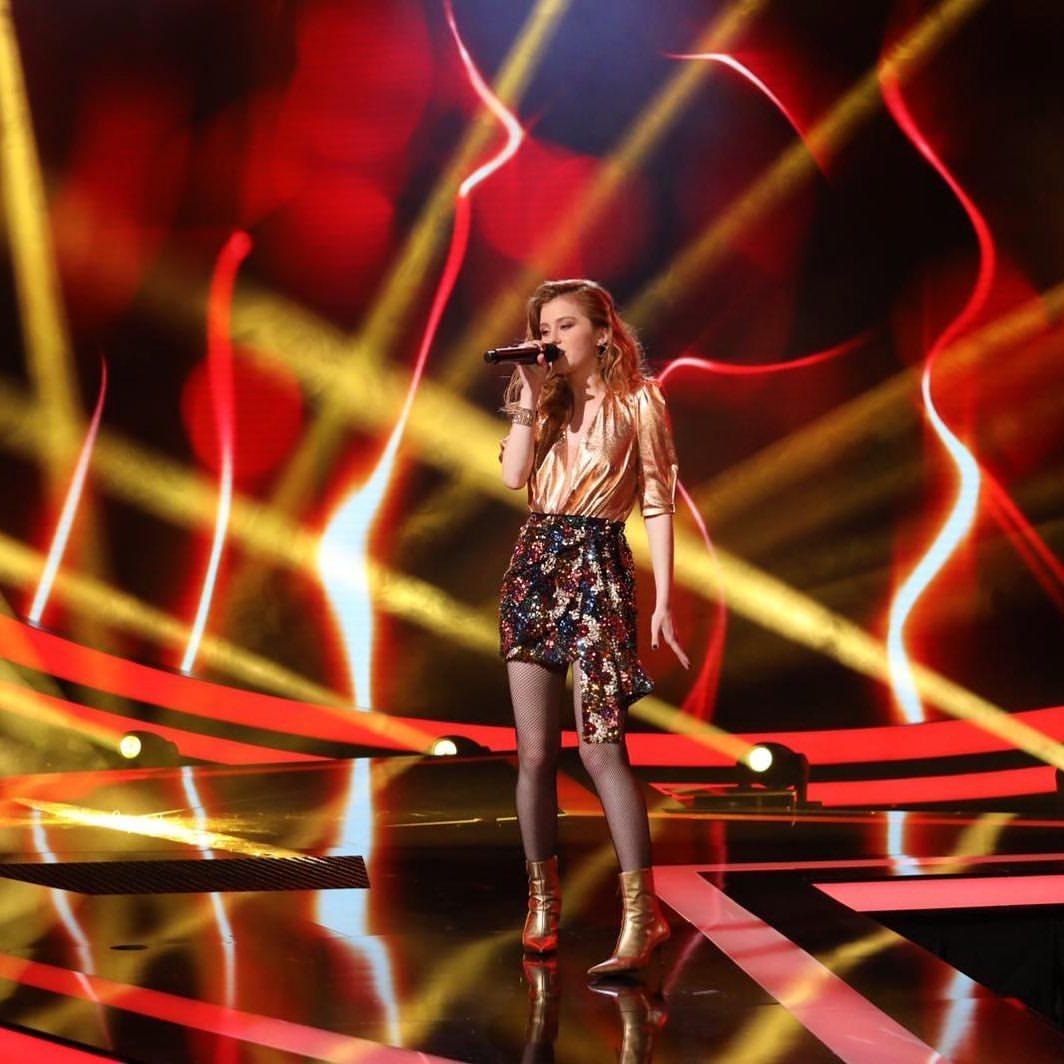Dominika Lukešová v posledním finálovém díle SuperStar.