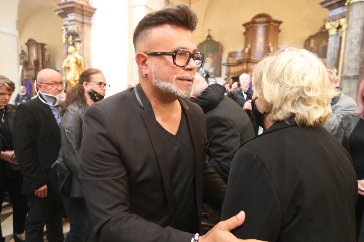 Každý chtěl Janu Kolomazníkovi vyjádřit svou soustrast - kondolující Osmany Laffita