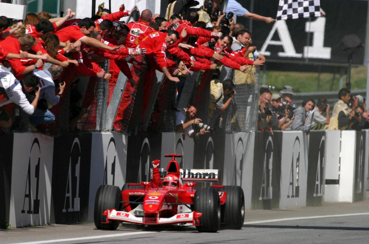 Michael Schumacher si užíval ovace často
