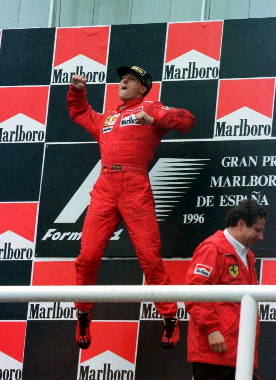 Michael Schumacher slaví jednu z mnoha výher