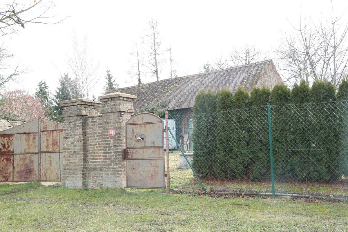 Chata ministra vnitra Jana Hamáčka (ČSSD) v Oskořínku na Nymbursku.