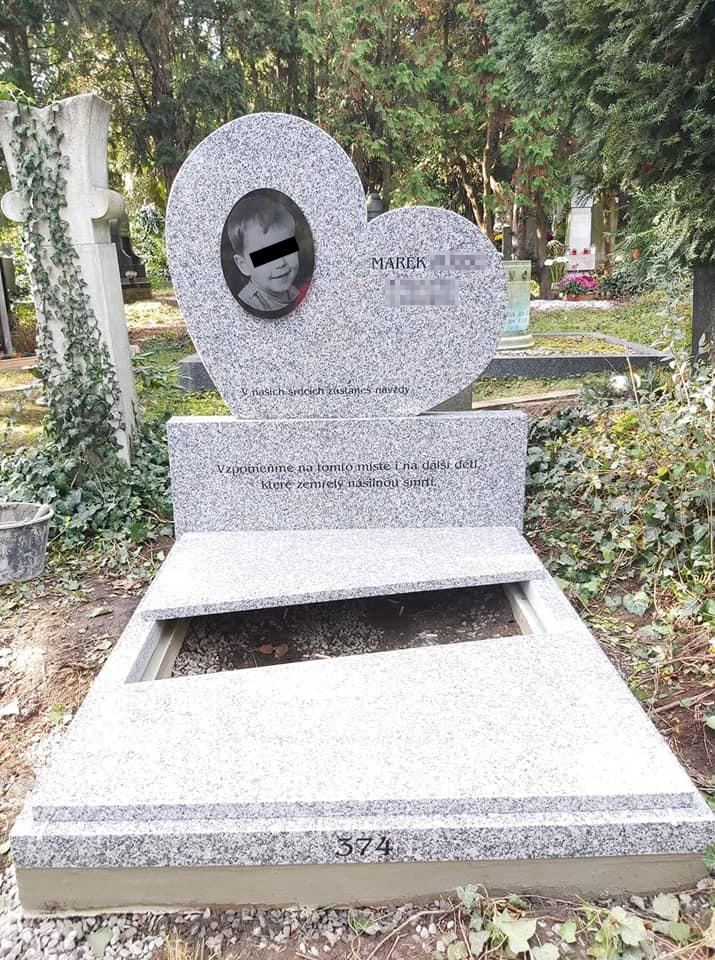 Marečkův pomník v Praze na Vinohradech.