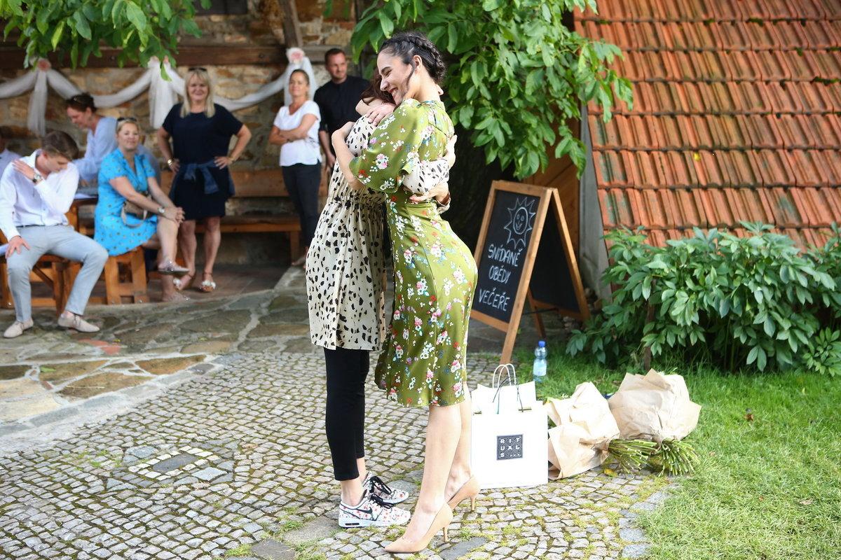 Eva Burešová oslavila sedmadvacáté narozeniny na place Slunečné