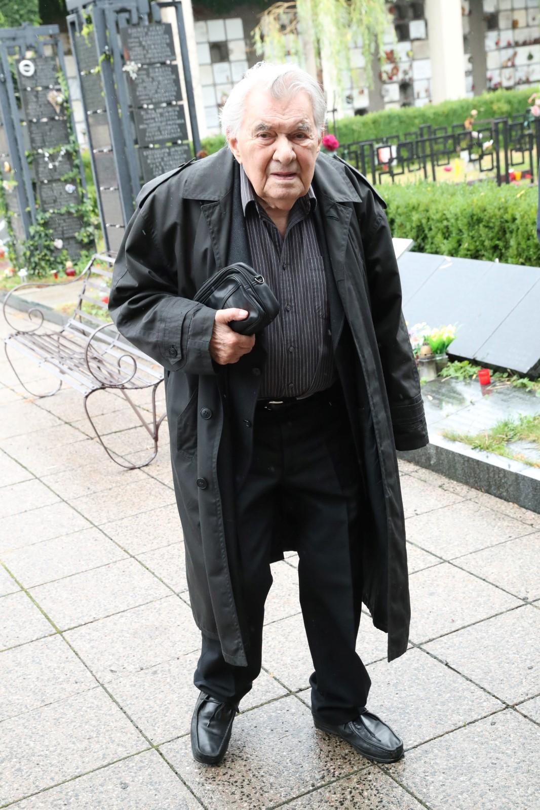 Pohřeb Jana Skopečka: Ladislav Trojan