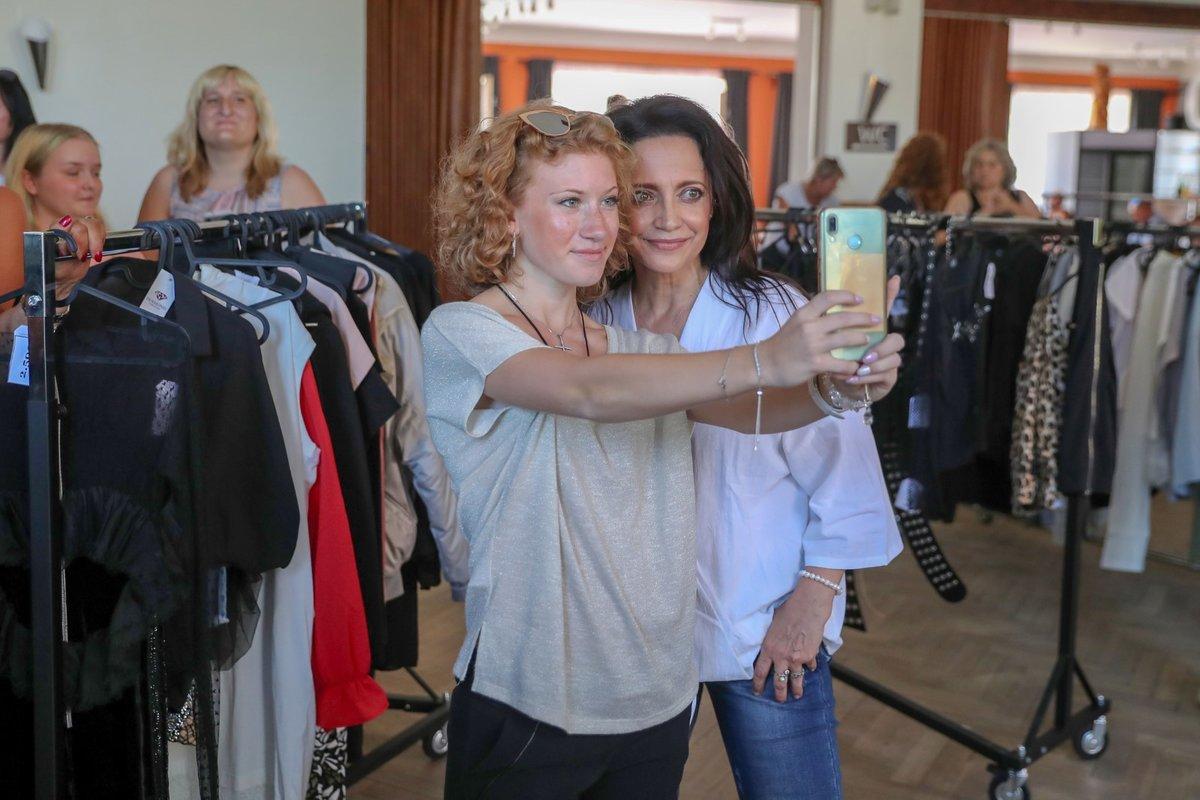 Bazar s oblečením Lucie Bílé v Otvovicích