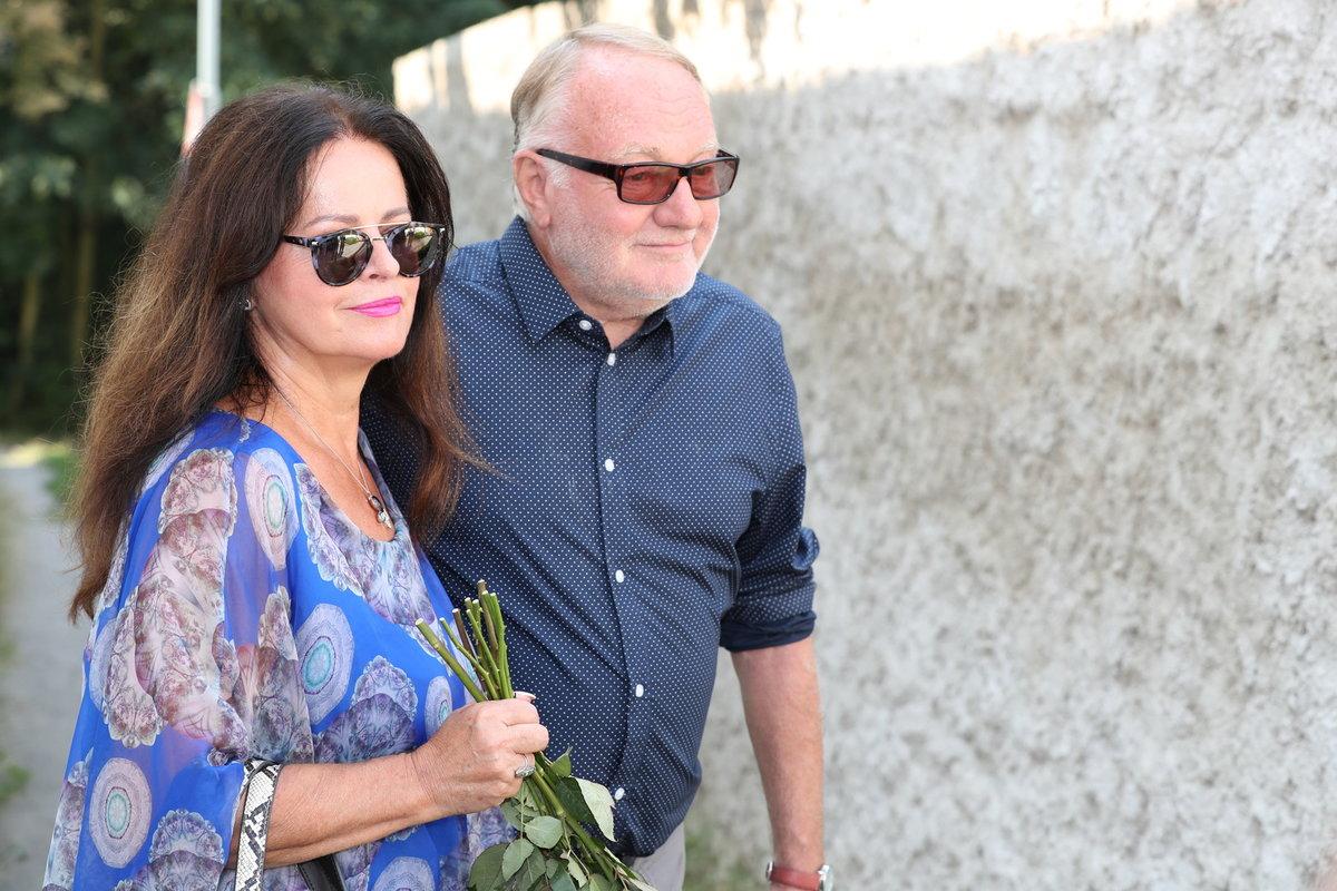 Manželé Sobotovi na rozloučení s Hanou Krampolovou