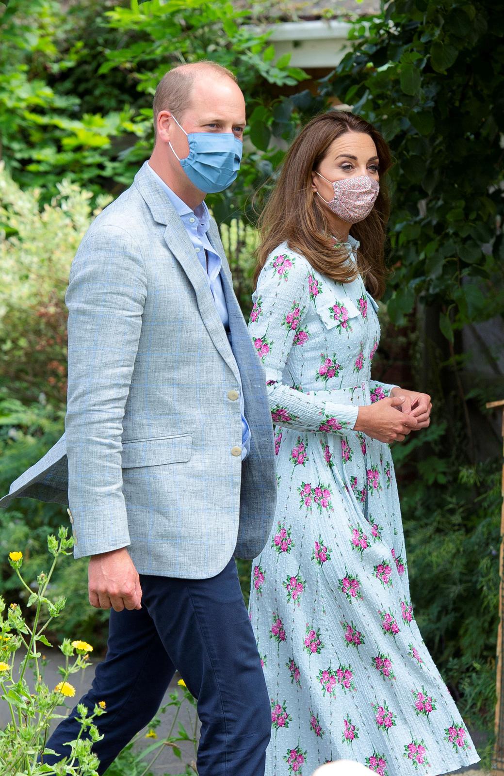 Princ William a Kate Middletonová plní své královské povinnosti i v době koronavirové pandemie