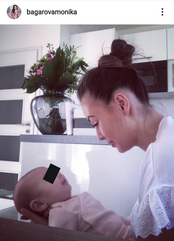 Monika Bagárová vede s dcerou roztomilé hovory.