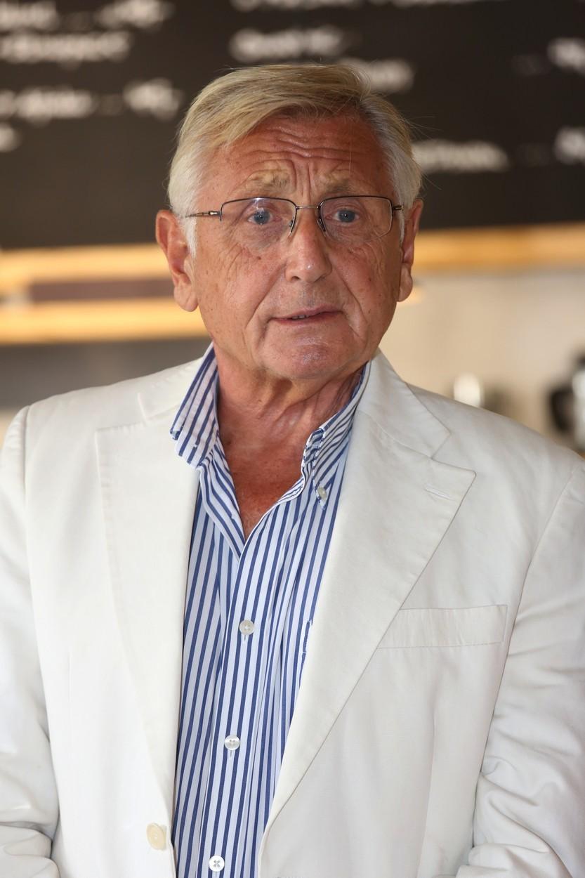 Ve věku 82 let zemřel oscarový režisér Jiří Menzel.