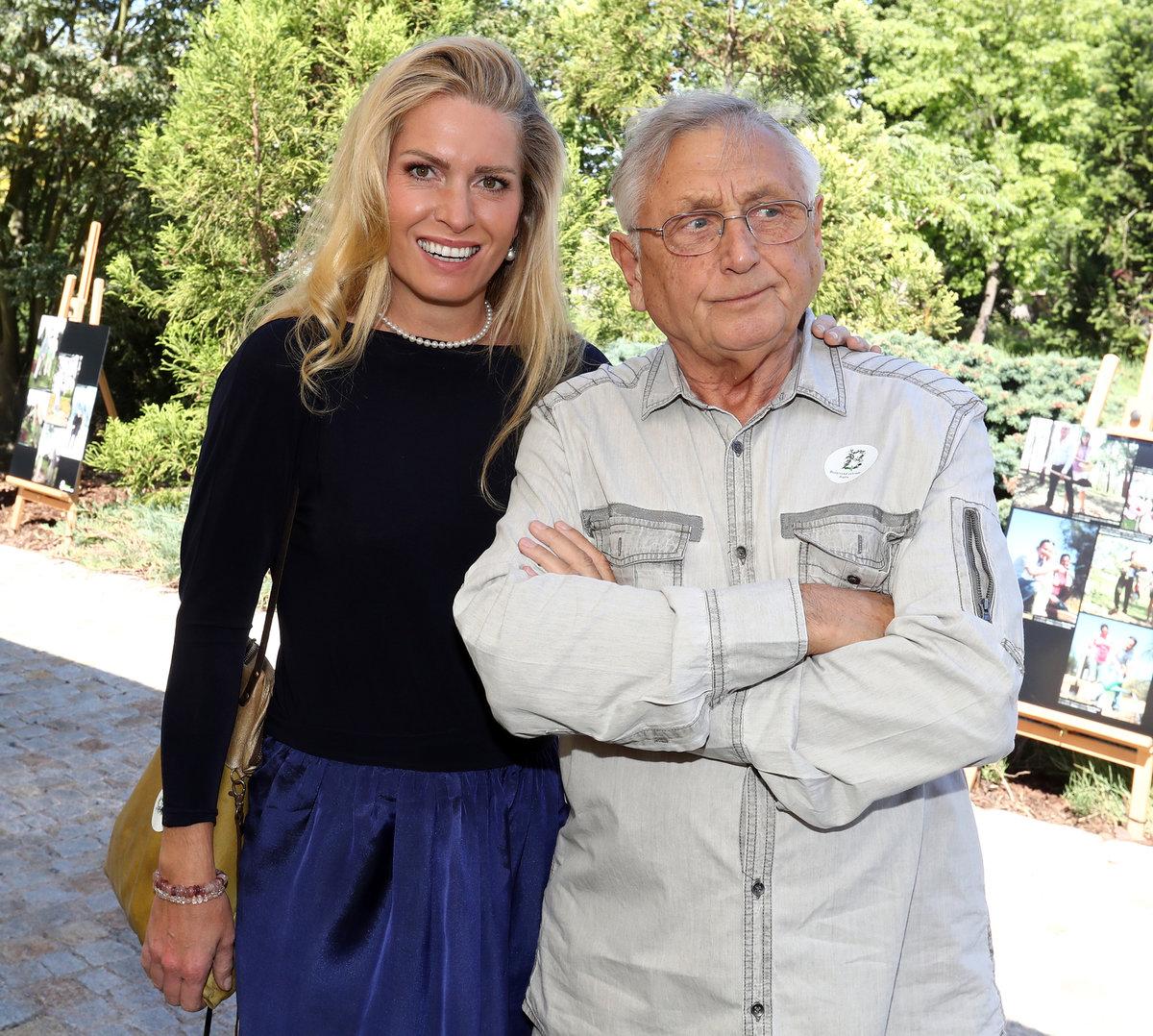 Jiří Menzel se ženou Olgou