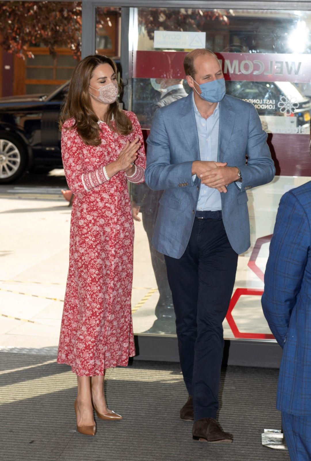 Kate Middletonová a princ William navštívili londýnskou mešitu a setkali se s dobrovolníky