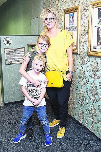 Katka se svými dětmi Anne Marií a Christopherem.