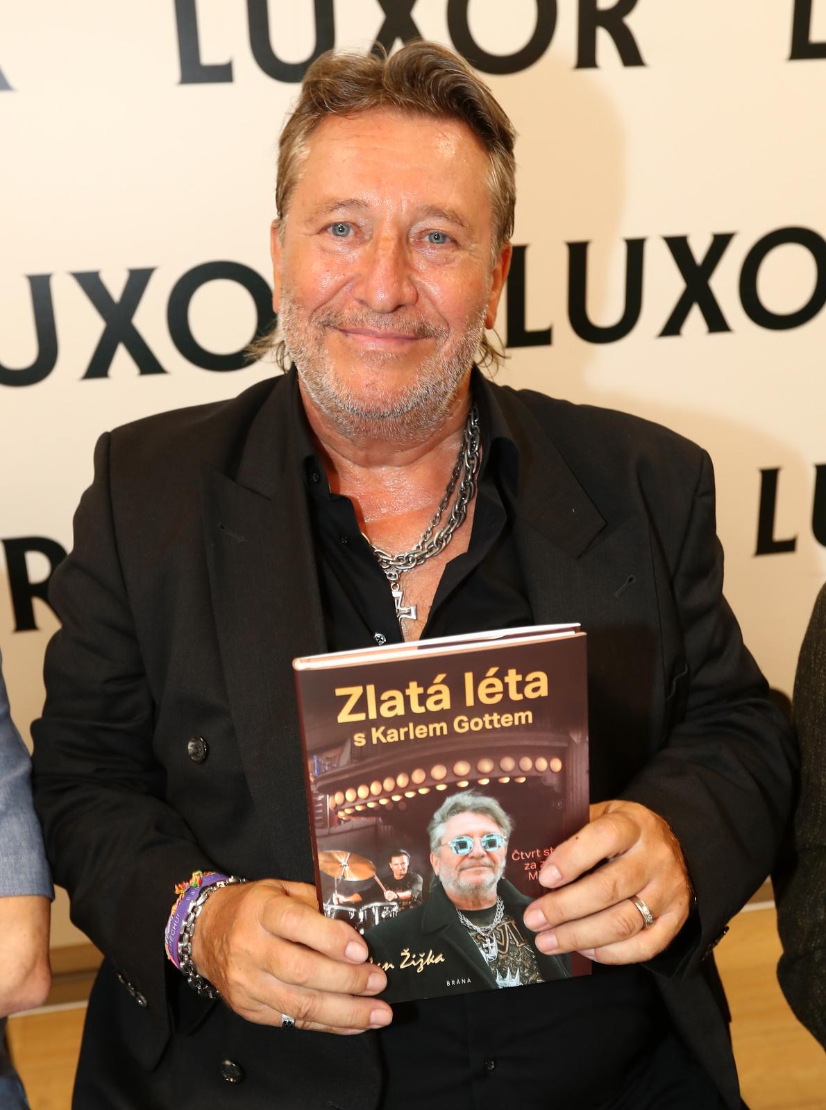 Gottův bubeník Jan Žižka vydal své vzpomínky knižně.