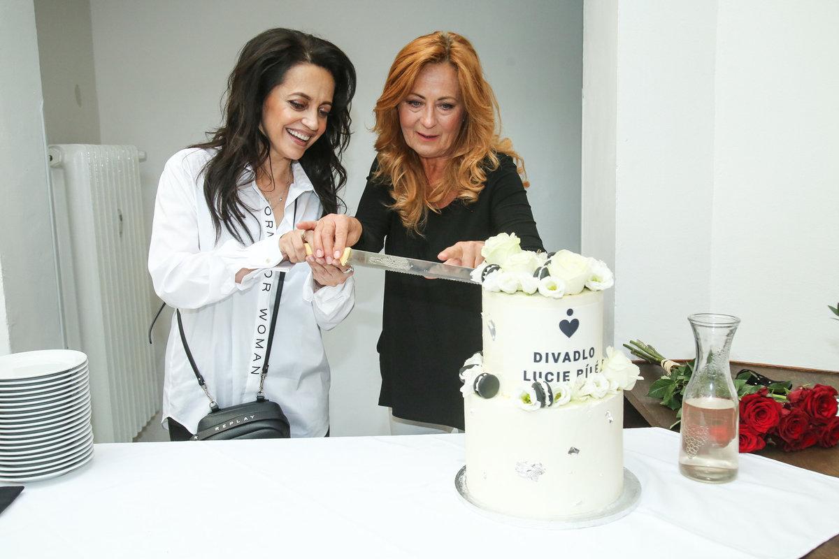 Krájení dortu, Lucie Bílá