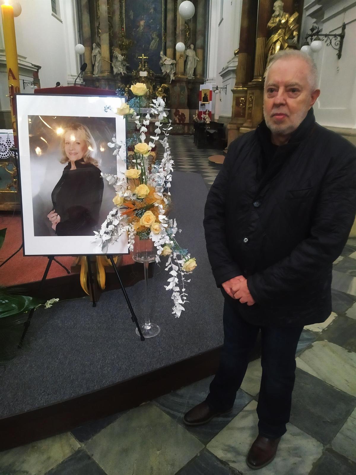 Zádušní mše za Evu Pilarovou se uskutečnila v jejím rodném Brně půl roku po zpěvaččině úmrtí. Do kostela sv. Tomáše Eva Pilarová v mládí pravidelně chodila.