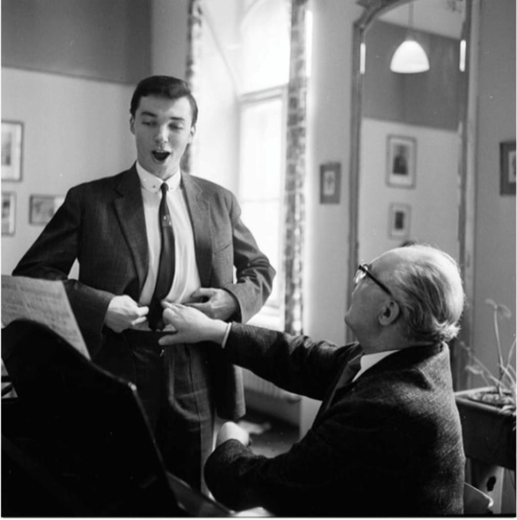 Jeho štěstím bylo, že ho učil tenorista Konstantin Karenin.
